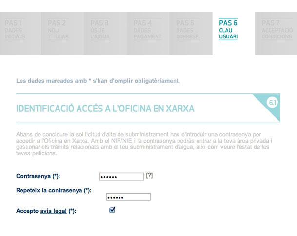 Introdueix la teva contrasenya i marca la casella per acceptar l'avís legal i accedir a l'Oficina en Xarxa