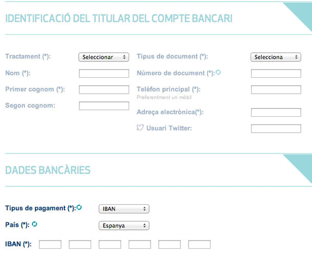Emplena les dades del titular del compte bancari, les dades bancàries, i confirma la petició